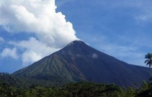 Gunung Api Dukono