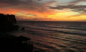 Sunset di Blue Point Beach
