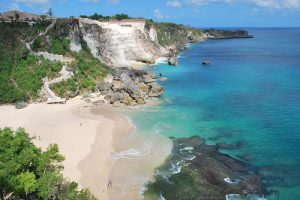 Keindahan Pantai Kubu