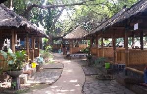 rumah makan saung alam sunda