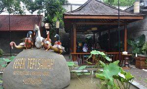 10 Tempat Makan Bernuansa Alam Di Surabaya Yang Wajib Dikunjungi Tempatwisataunik Com