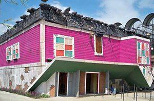 Rumah Terbalik Eco Green Park Malang