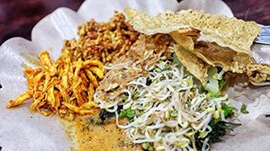 Warung Halal Nasi Pecel Bu Tinuk