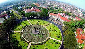 Tugu dan Alun-alun Malang
