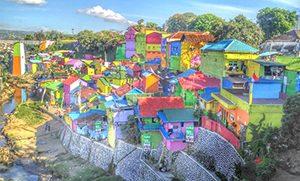 Kampung Warna Warni dan Kampung Tridi