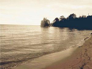 Pantai Sungai Umbang