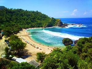 Pantai Nglampor