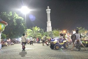Alun-Alun Simpang Lima Pati