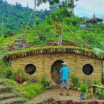 rumah hobbit lembah semilir