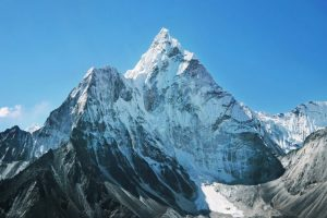 Gunung Himalaya (Mount Everest)