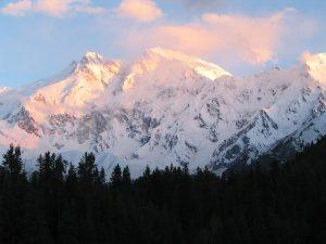 Gunung Nanga Prabat