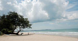 Pantai Batu Layar