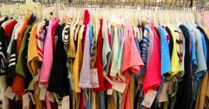 Pakaian dari Factory Outlet