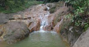 Air Terjun Pinang Seribu...