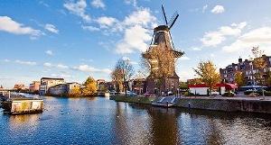 10 Tempat Wisata di Amsterdam Belanda yang Terkenal