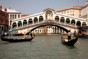 Jembatan Indah di Kota Venice