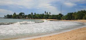 Pantai Sambolo