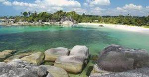 Pantai Tanjung Tinggi-Pulau Belitung
