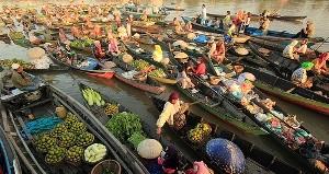 Pasar Terapung Lok Baintan