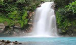 Air-Terjun-Lae-Gecih-Aceh-Singkil