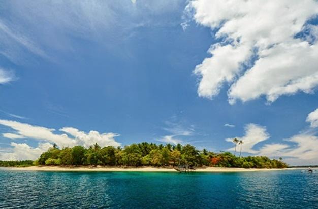 Wisata Ke Pulau Pawole