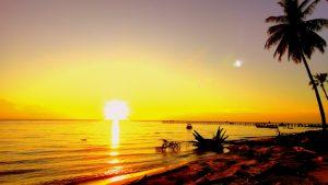 sunset di pulau derawan