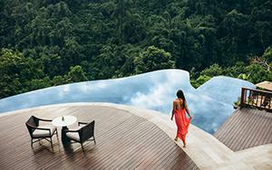 25 Spot Foto di Bali Malam Hari yang Wajib Dikunjungi