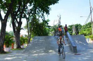 Skate & BMX Park