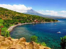 Pantai Amed Bali