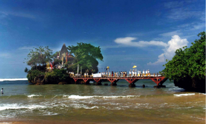 Pantai Balekambang - tempat pre-wedding di malang