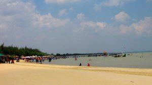 Pantai Karang Jahe