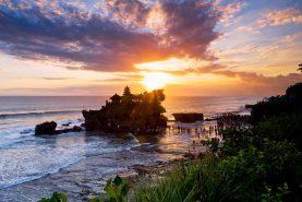 Pantai Tanah Lot Bali
