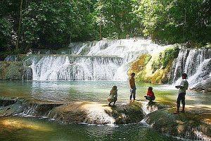 Tips Wisata ke Air Terjun Moramo
