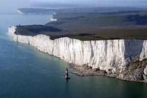 tempat wisata terindah di dunia - Beachy Head, Inggris