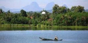Pulau Cinta di Danau Cipule