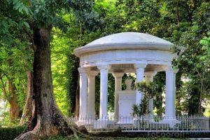 Wisata Alam Jabodetabek Paling Terbaik - kebun raya bogor