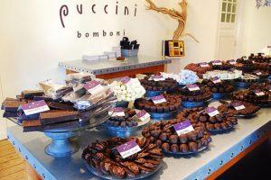 Cokelat Belanda - oleh-oleh khas belanda