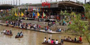 Ah Poong Floating Market
