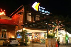 Tempat Makan Lesehan di Jakarta Yang Murah - bandar jakarta
