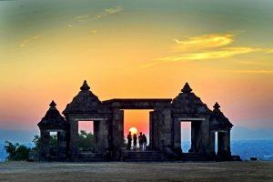 Istana Ratu Boko Tempat Wisata Romantis di Jogja