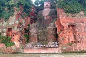 Budha raksasa Leshan