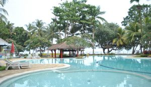 Kolam Renang Pantai Mutiara Sport Center