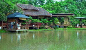 New Panjang Jiwo Resort by Saung Dolken