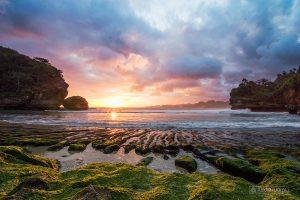 Pantai Batu Bengkung, Jawa Timur