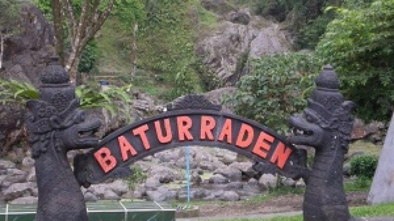 Berkunjung ke berbagai tempat wisata di Baturaden